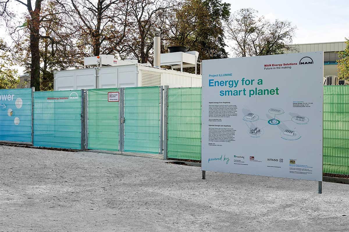 XITASO MAN Energy Solutions Bautafel am Demonstrator